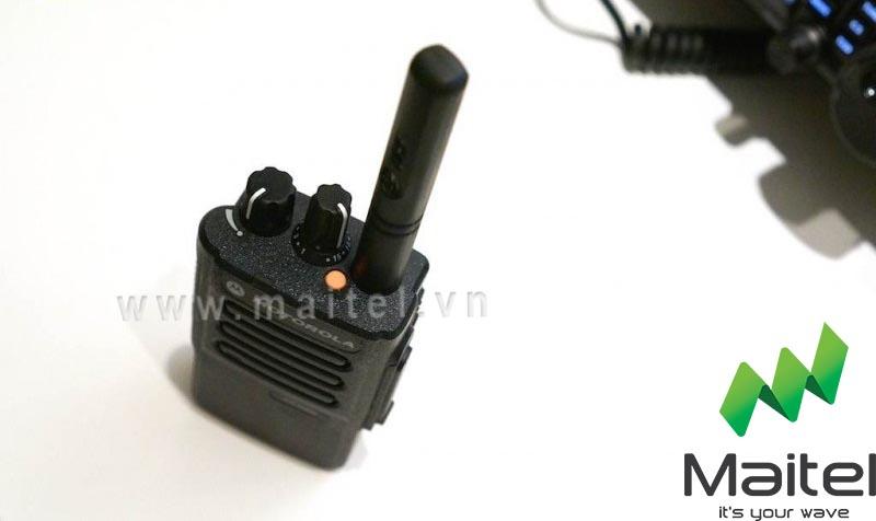 Bộ đàm cầm tay kỹ thuật số Motorola SL1M