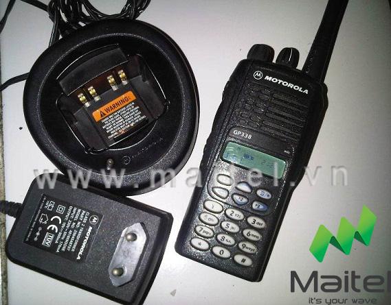 Bộ đàm cầm tay Motorola GP 338IS UHF