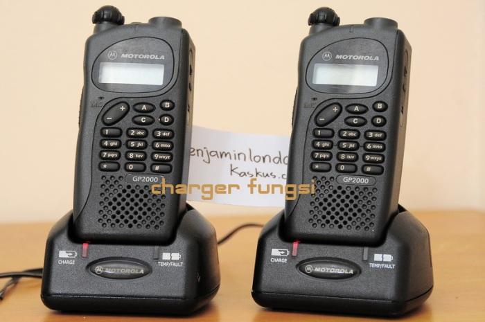 Bộ đàm cầm tay Motorola GP 2000